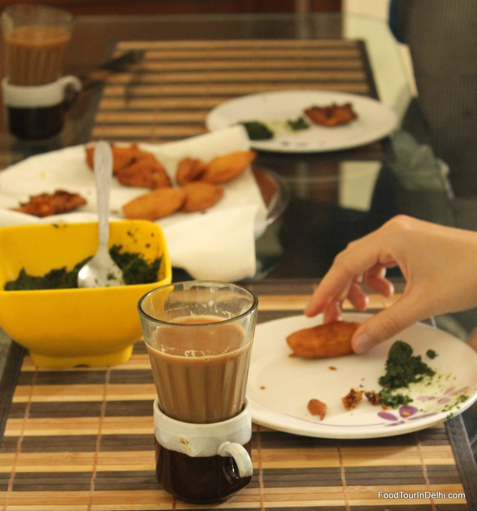 Starting the cooking class with chai, pakora and other snacks
