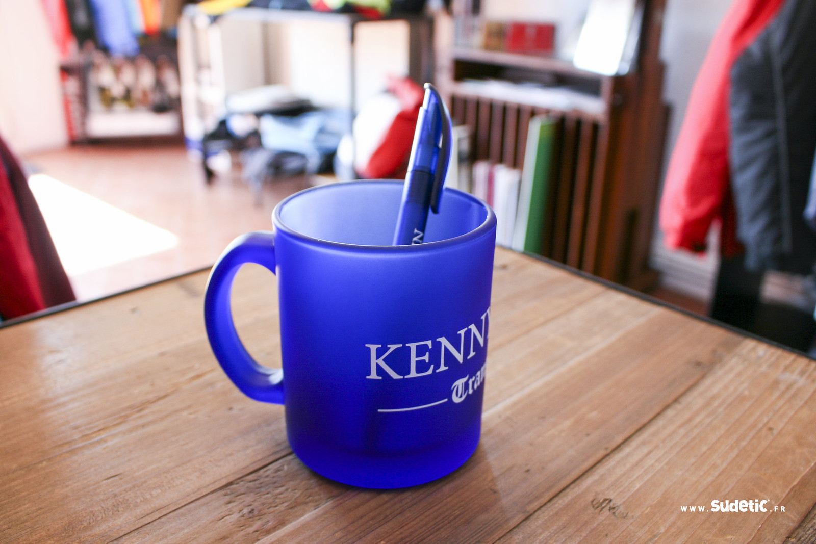 Sudetic Mug et Stylo Kenny Coin-4