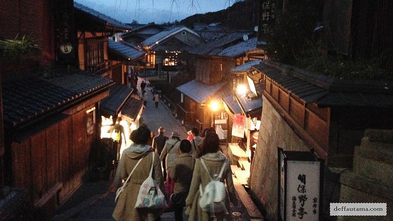 3 Hari Keliling Kyoto - Kiyomizu Zaka Street 1
