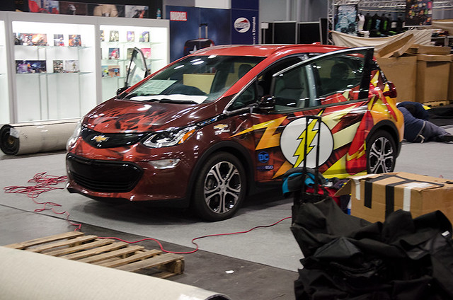 Flash-car-NYCC-Oct-2017-col-pic#1