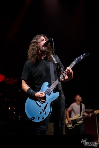 101217_Foo FIghters_020_F