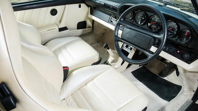 1985-porsche-911-turbo-se10