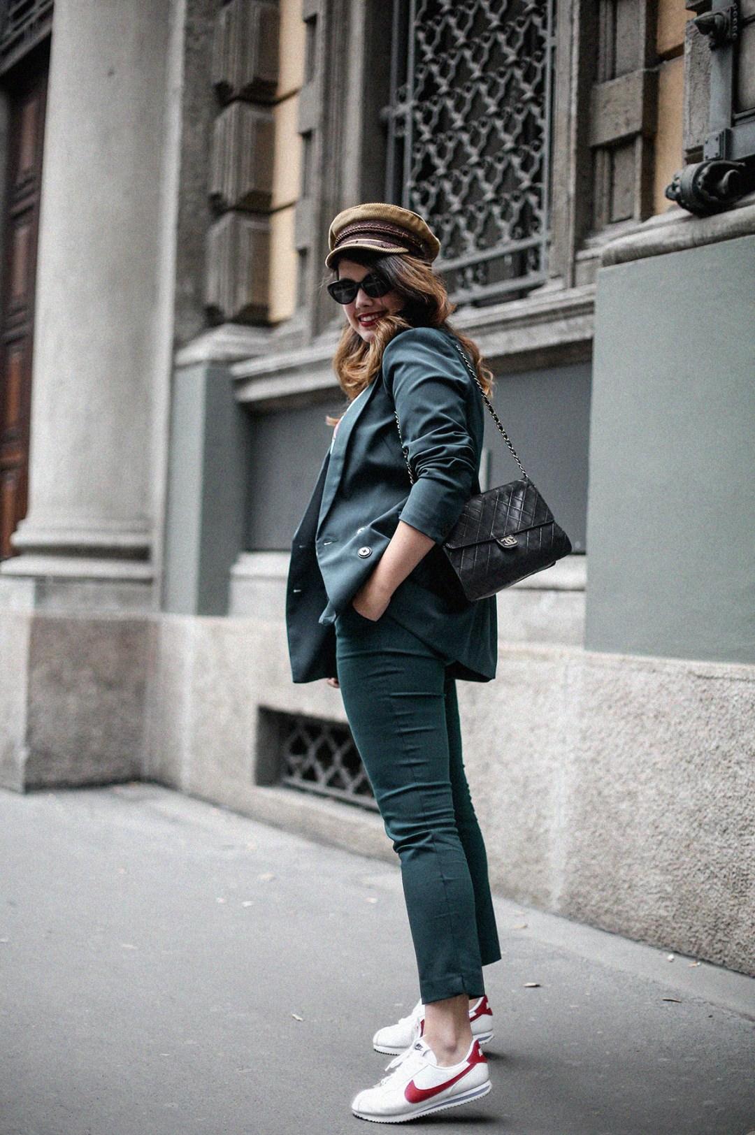 traje-verde-trench-look-entretiempo-myblueberrynightsblog9