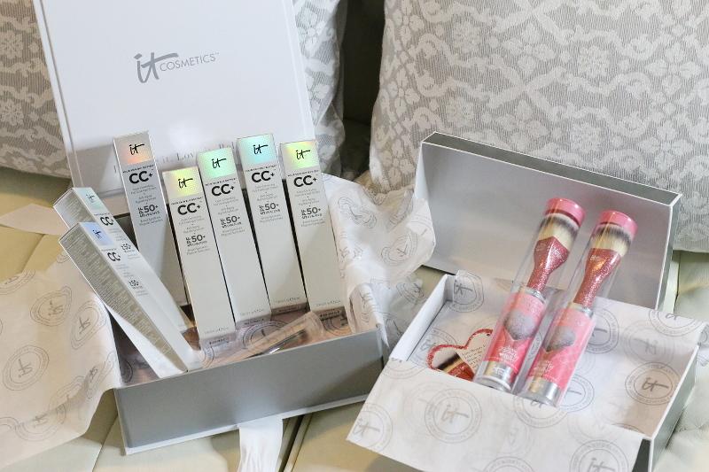 it-cosmetics-cc-cream-pink-heart-brush-3