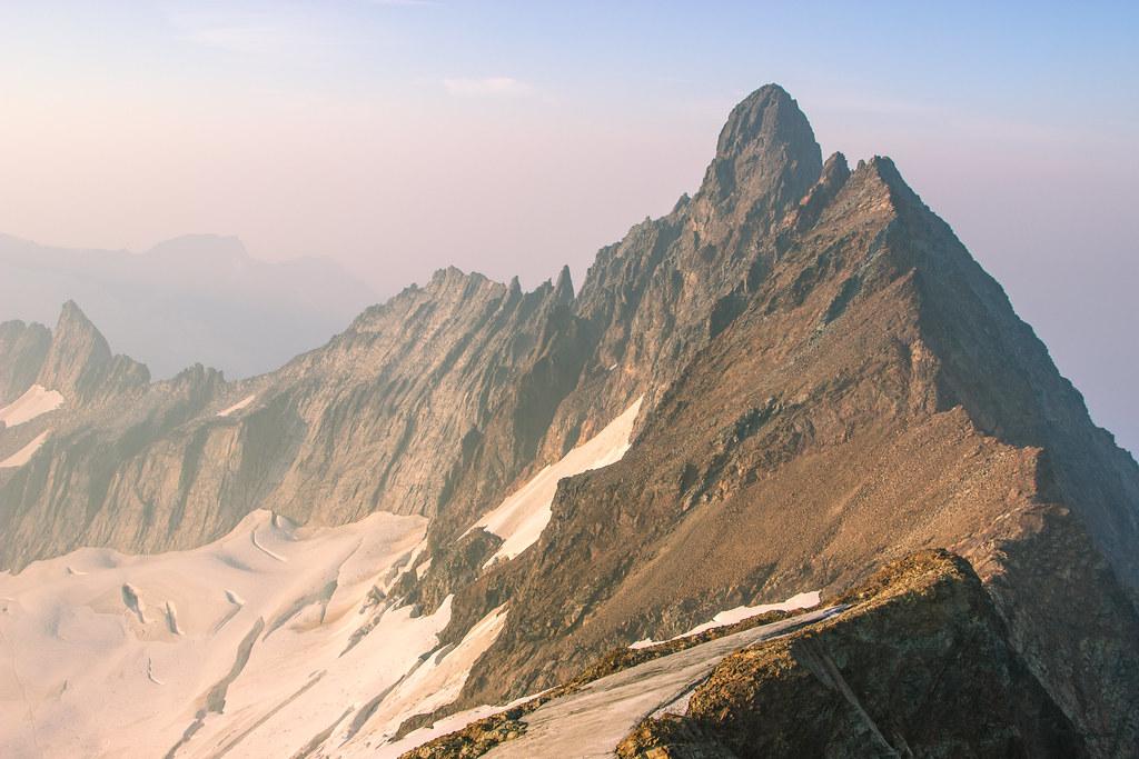 Smoky North Cascades - Boston Peak