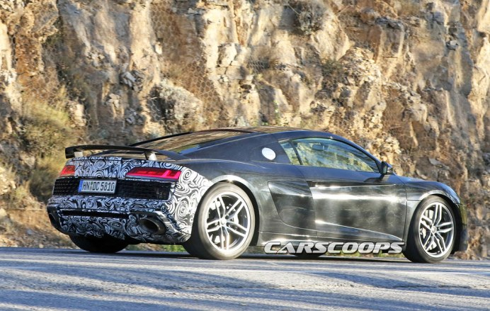Audi-R8-Spy-10