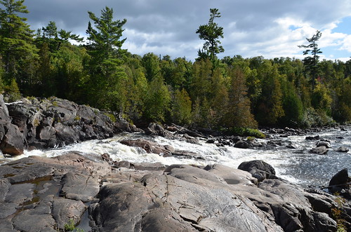 Lake Superior Provincial Park Sand Lake hike and falls 1