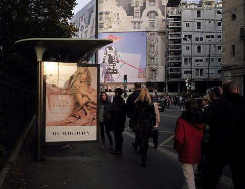 17j28 Sèvres - Babylone Bac Barrio tarde de sábado_0009 variante 1 Uti 485