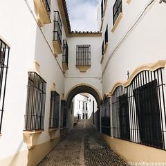 #streets of #ronda #viveandalucia #andalucia #travel #wanderlust #guardiantravelsnaps #tourism #spain #loves_spain #travelgram #espagna #ig_spain #igtravel #viveandalucia #visitspain #exploring #bbctravel #lonelyplanet #vsco #vscocam