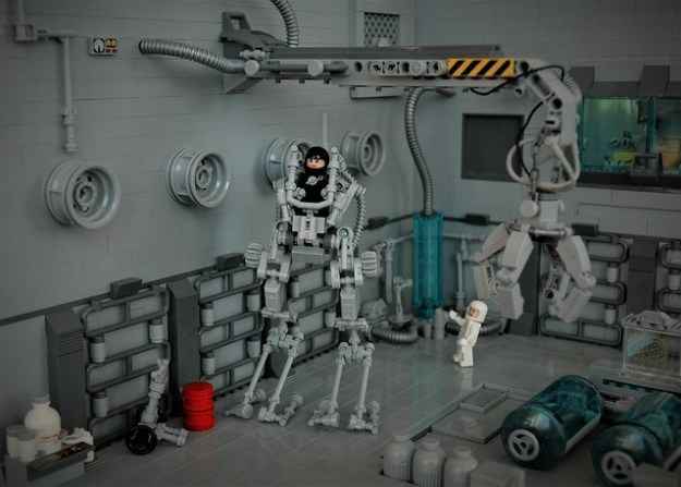 Medical bay - exo suit walker Y.L.V.A.