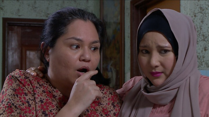 Watak Gila Fazlina Ahmad Daud Dalam Telemovie TOPENG Memang Real