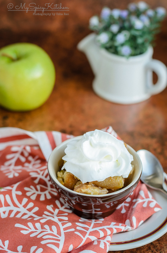 Apple Brown Betty, Apple brown betty is a layered American version of apple crisp or crumble, Apple dessert, Apple Betty