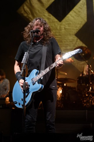 101217_Foo FIghters_010_F