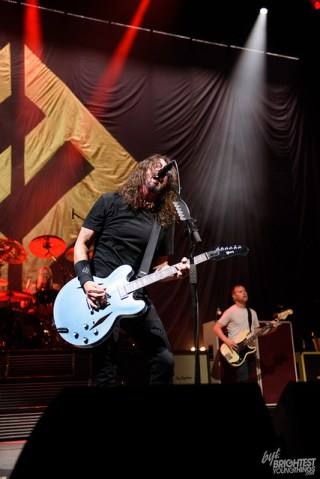 101217_Foo FIghters_023_F