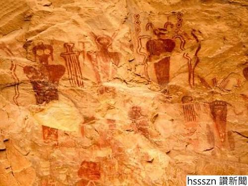 Ancient-Alien-cave-paintings_700_525