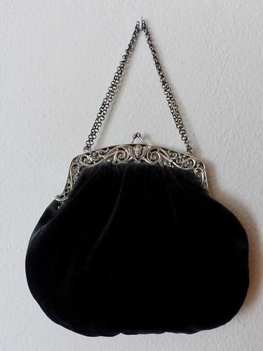 Antiek zwart tasje