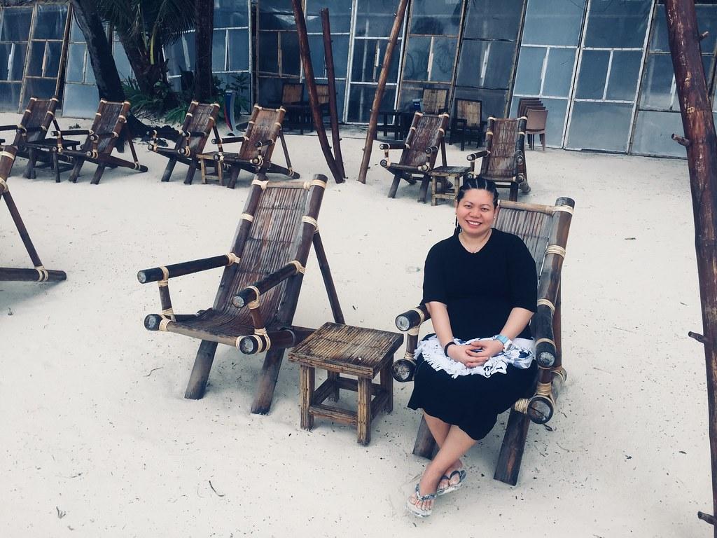 Relaxing-in-Boracay