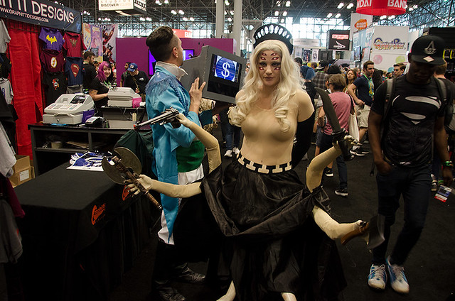 multi-armed-cosplayer-NYCC-Oct-2017-col-pic#1