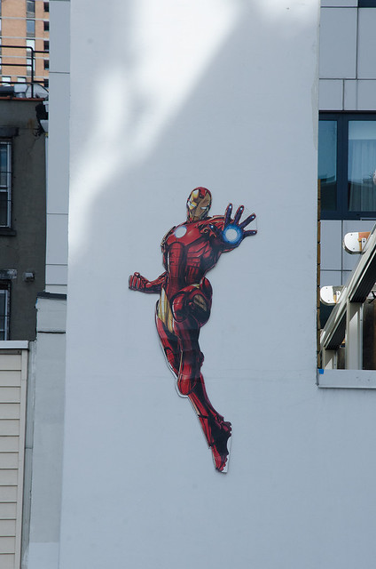 Iron-Man-image-on-wall-of-car-park-near-Javits-NYCC-Oct-2017-col-pic#1