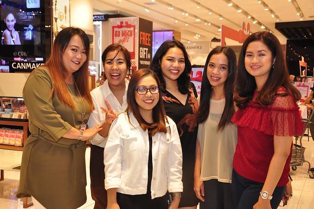 SM Beauty Team - Nathalie Gutierrez, Mary Ann Principe, Anna Pojaras, Lexie Coloma, Bea Reyes and Sharon Presbitero-Decapia