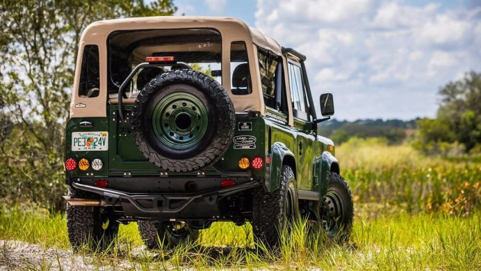 barbour-land-rover-defender2