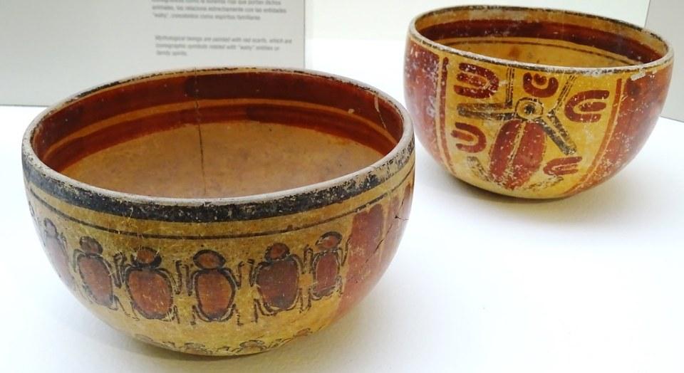 Museo Popol Vuh cuencos con representación de animales Ciudad de Guatemala 04