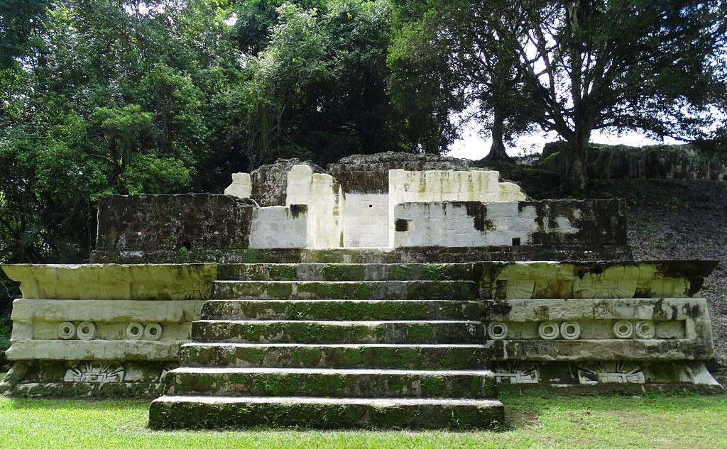 Tikal Estructura 5D-43 Ciudad Maya Sitio Arqueologico Guatemala 05