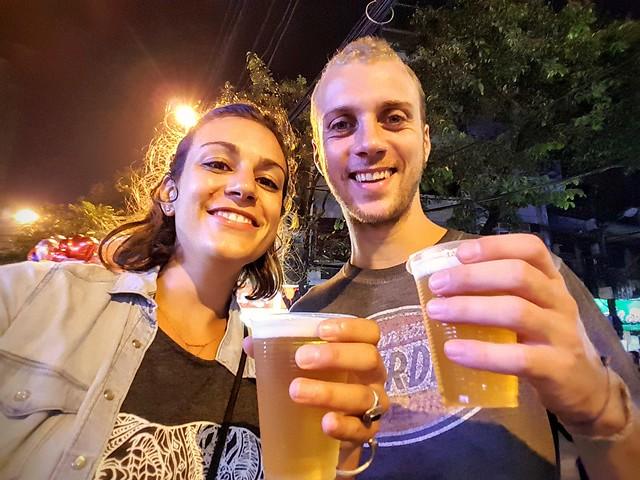 Profiter des bières pression a 0,12€ à Hanoi
