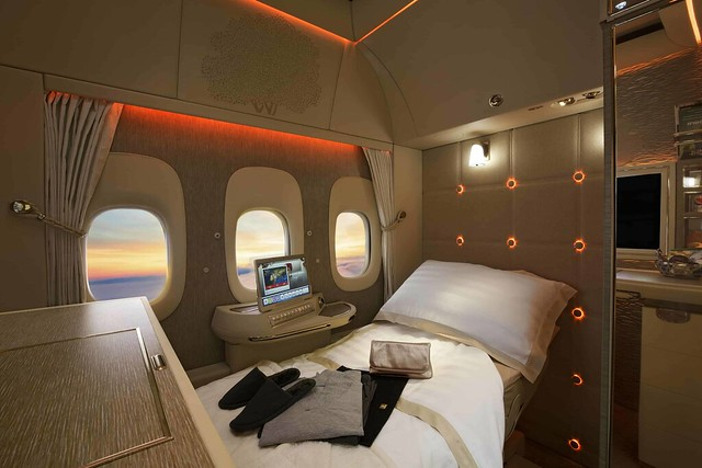 First-Class-fully-flat-bed-min