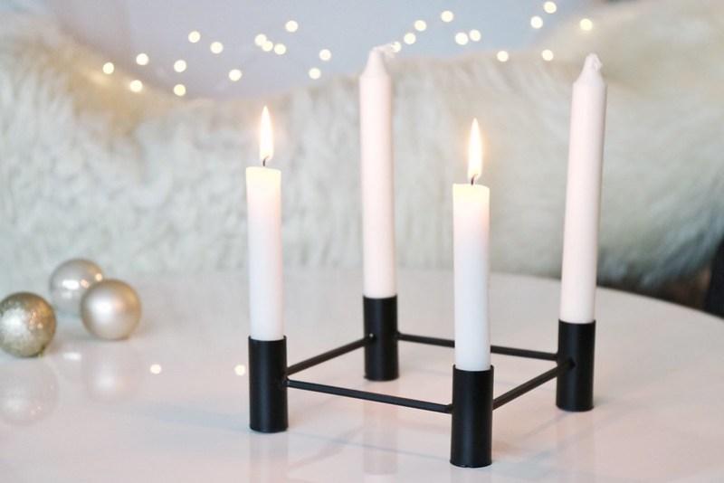 2 s ndag i advent og en tidl s lysestage fra s strene. Black Bedroom Furniture Sets. Home Design Ideas