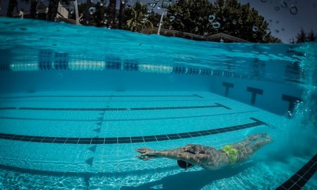 Esercizi pratici per migliorare la subacquea a delfino