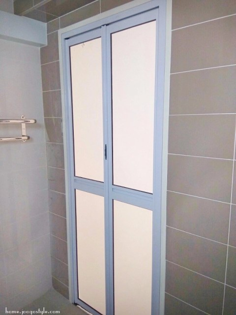 Toilet Bifold doors top hung- home.joogostyle