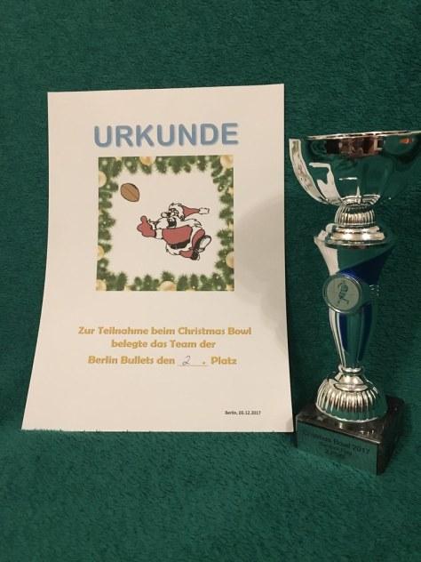 Urkunde und Pokal Bears Bambini Flag Bowl 03.12.2017 Platz 2