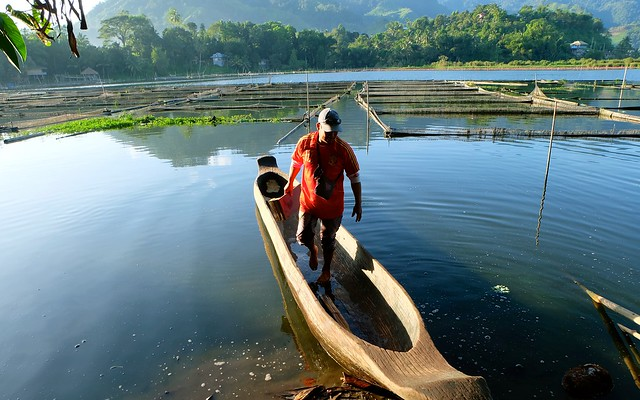 LAKE SEBU, SOUTH COTABATO BY DOCGELO