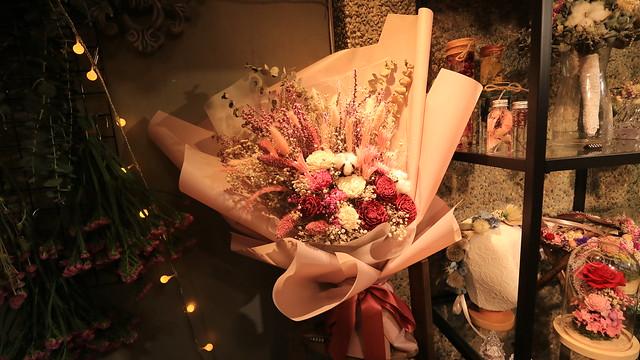 用生花花束,喜歡生活永生花求婚花束