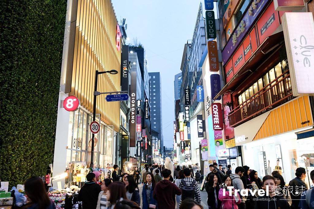《首尔购物血拼》明洞商圈:新手逛街购物到访第一站