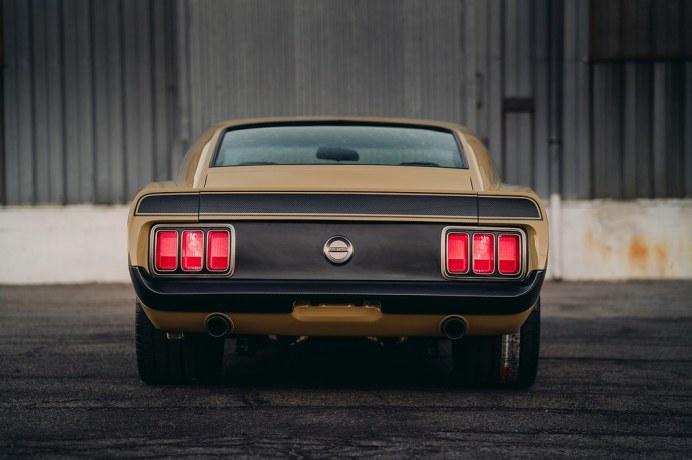 Ford-Mustang-Boss-302-SpeedKore-5