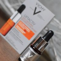 Beauty: Vichy - Liftactiv Vitamin C Skin Brightening Corrector