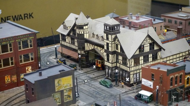 Golden State Model Railroad Museum: HO Scale Layout