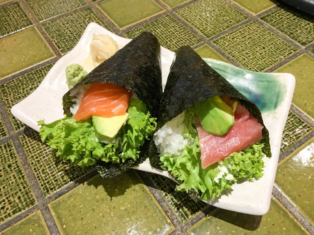 Salmon and tuna hand roll