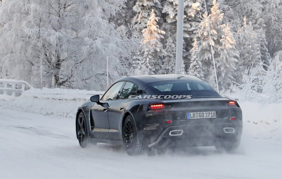 porsche-mission-e-winter-spy-8