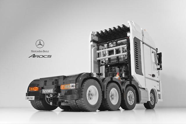 Camion Mercedes-Benz's Arocs 4163