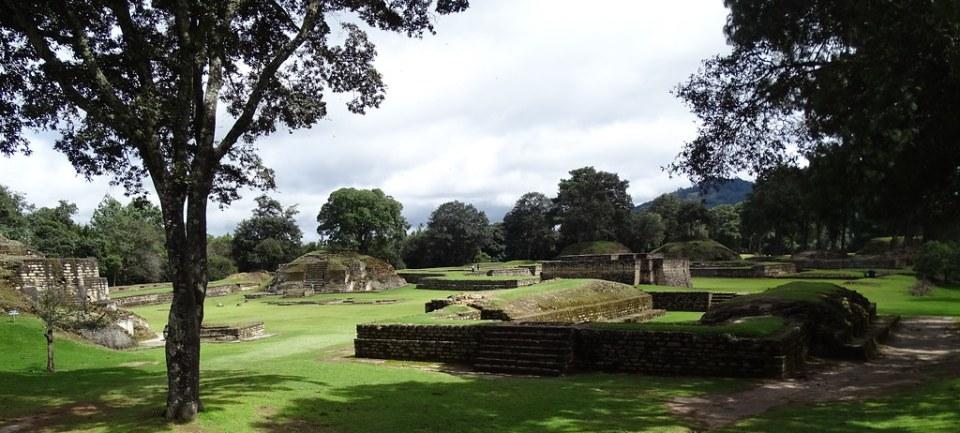 Iximché Sitio Arqueológico Ciudad Maya Guatemala 08