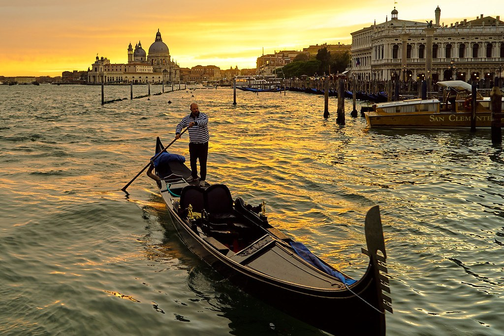 Best Places to Visit in Italy in Venice: Italy Tourism Itinerary Guide