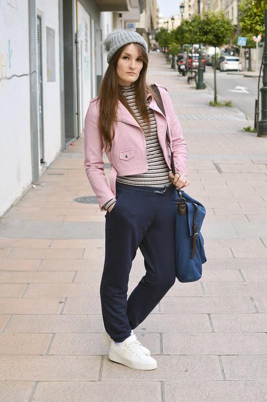 Outfit-blue-joggers-luz-tiene-un-blog (8)