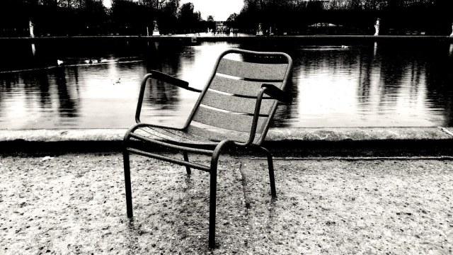 Jour de pluie aux Tuileries