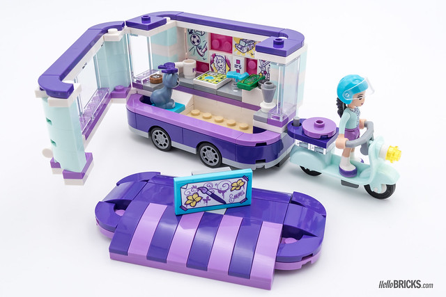 REVIEW LEGO Friends 2018 - LEGO 41332 Emma's Art Stand 2