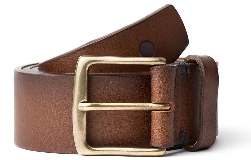 Cinturones en piel de curtición vegetal para hombre de blue hole men y cuero marrón