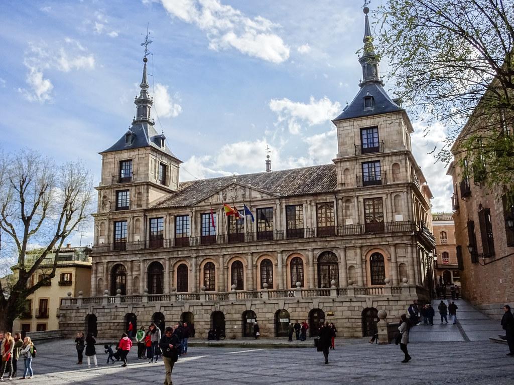 fachada exterior Ayuntamiento de Toledo 01