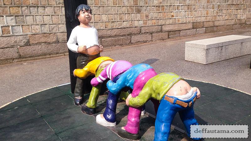 5 hari di Seoul - Funny Statue